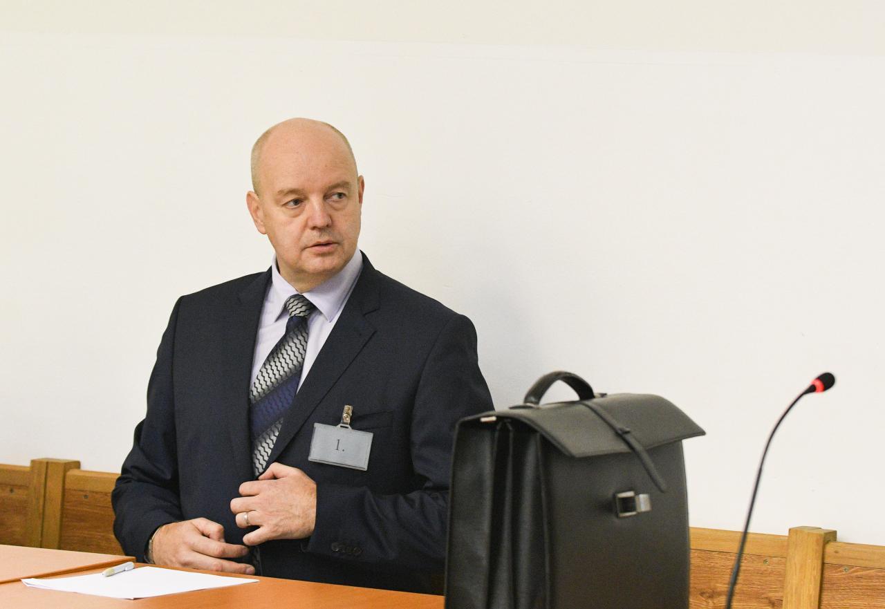 Znalkyňa na súde v kauze falšovania zmeniek: Ruskove podpisy vznikli po roku 2013 |  | .týždeň - iný pohľad na spoločnosť