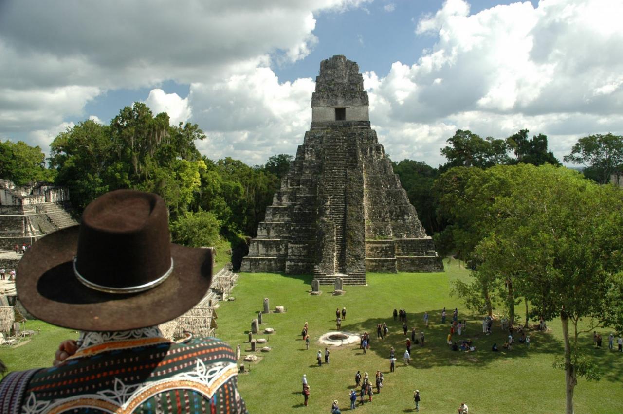 BUBO cestovanie: Ríša Mayov (Mexiko, Guatemala, Salvador, Honduras, Belize)