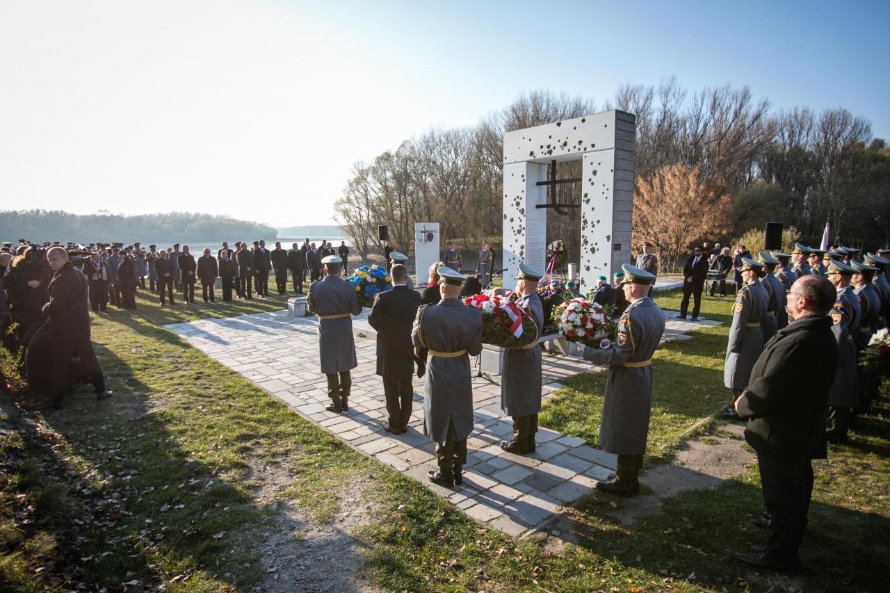 Obete komunizmu si pripomenuli aj prezident Kiska a premiér Pellegrini