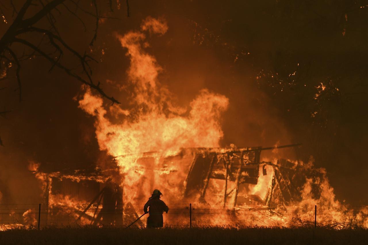 Austrália v plameňoch. Fototéma z extrémnych požiarov
