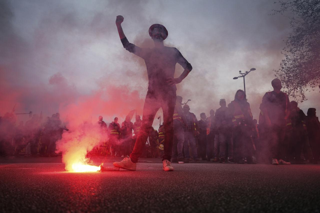 Francúzsko je hore nohami. Fototéma z protestov proti Macronovej reforme