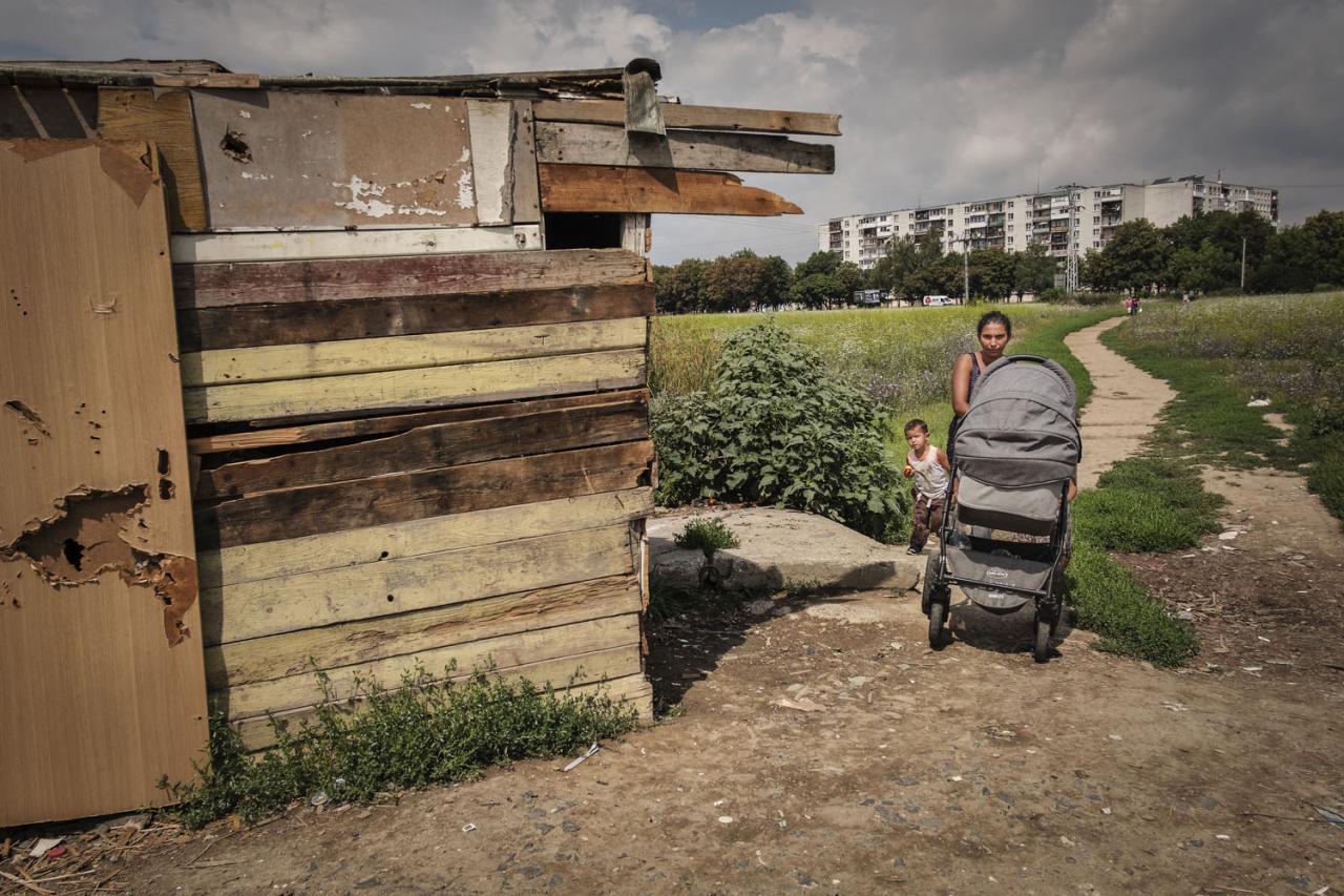 Ani segregačný múr v Michalovciach osýpkam nezabránil