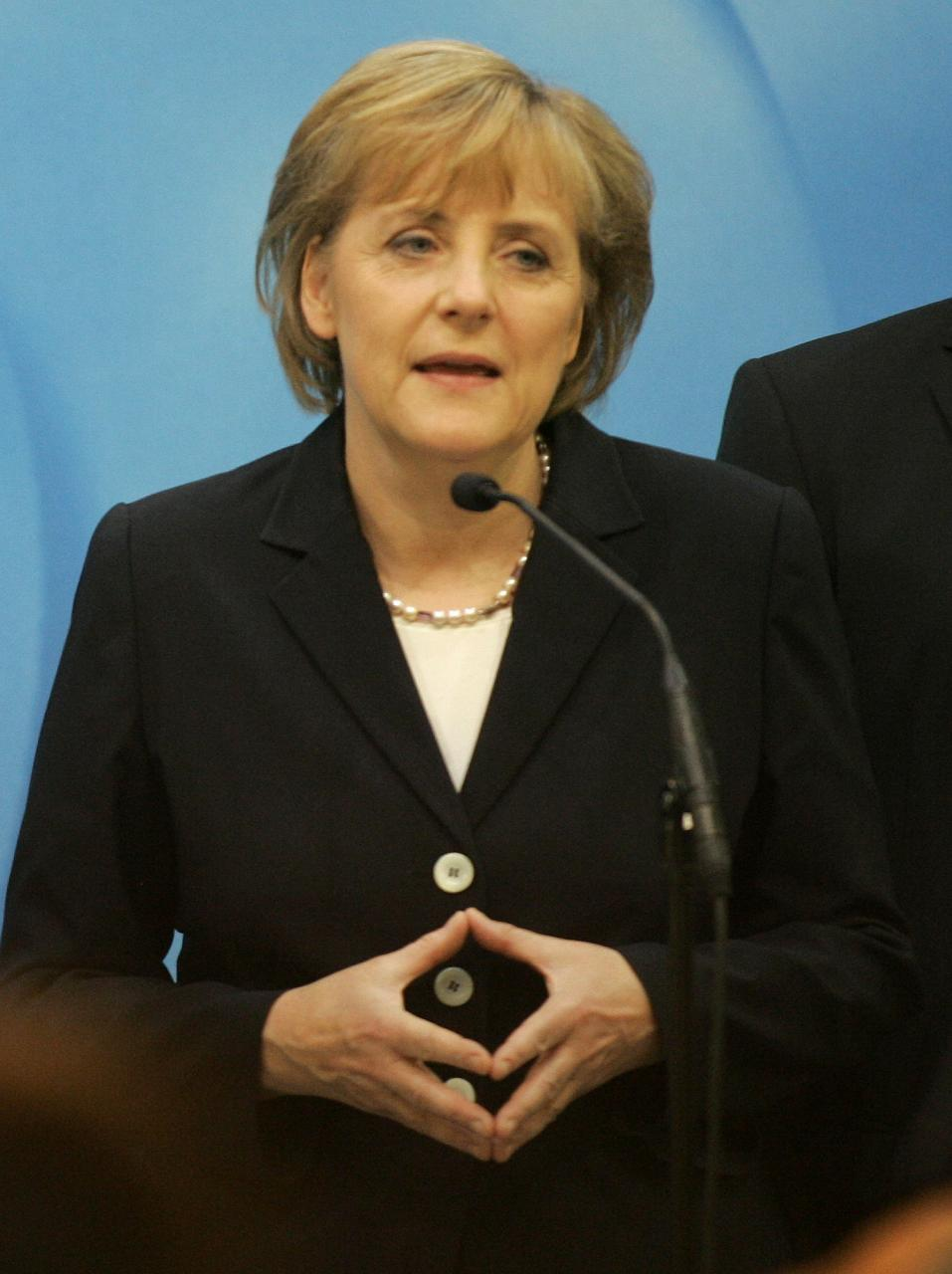 Kohlovo dievča končí. Politická kariéra Angely Merkelovej na fotografiách
